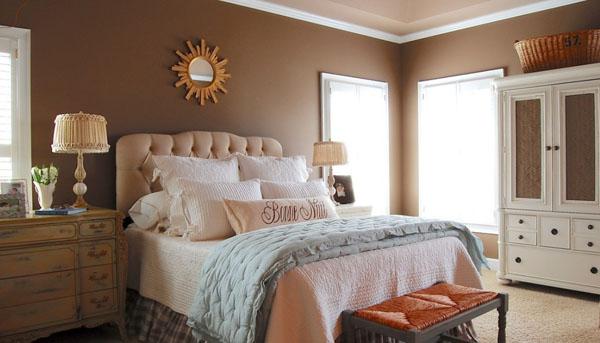 シンプル&シックなベッドルーム1