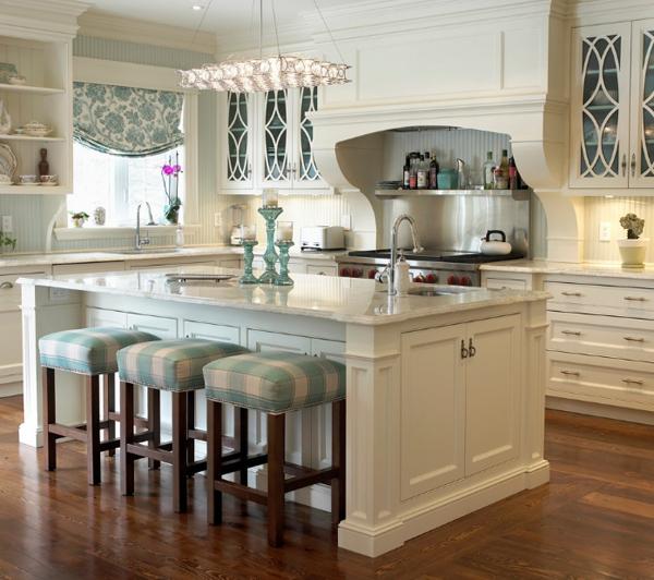 ホワイト&ウッドのキッチン1