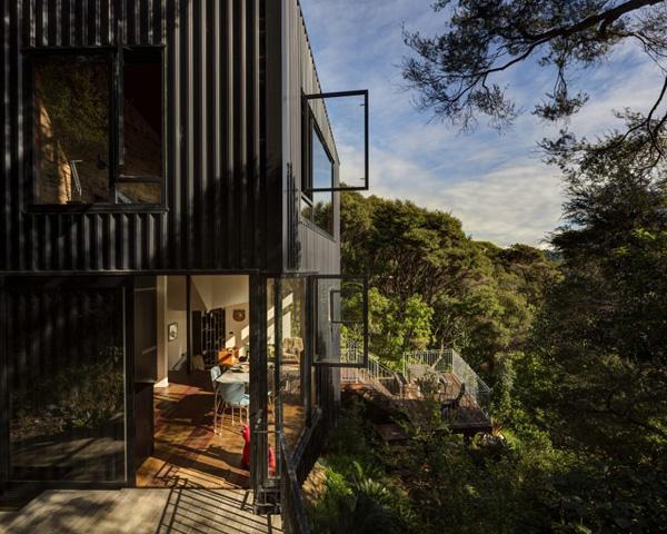自然溢れる山の家1