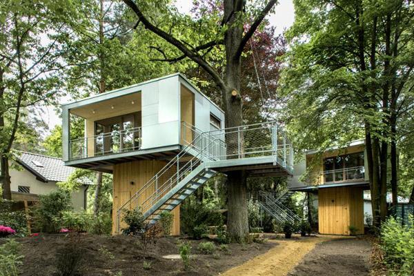 森の空中ハウス1
