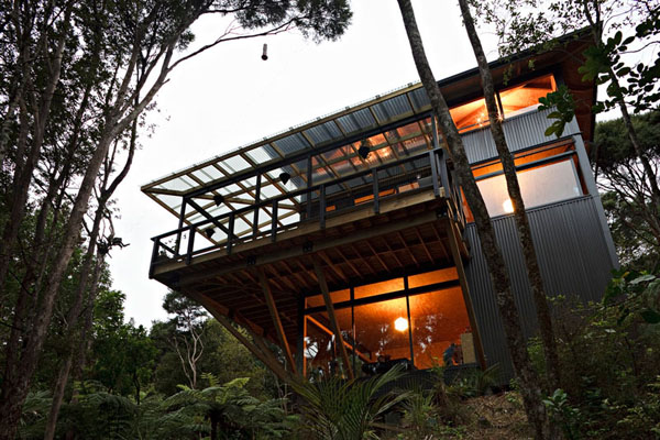 自然溢れる木の家1