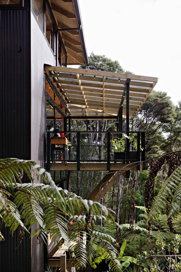 自然溢れる木の家2