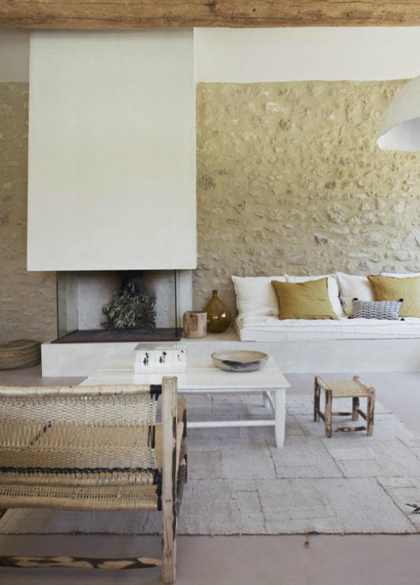 白と土壁のシンプルハウス7