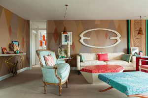 グリーンとオレンジのブリティッシュアパートメント1