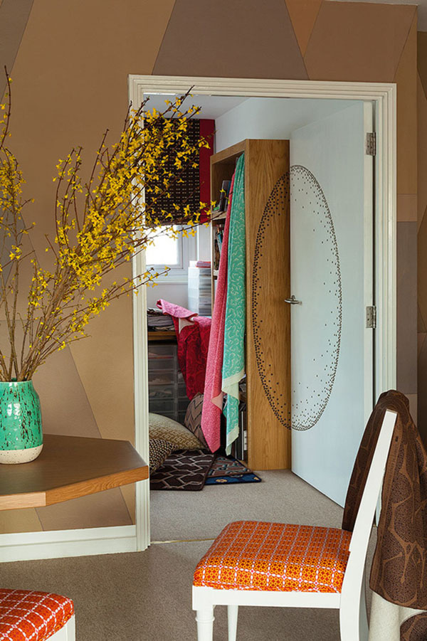 グリーンとオレンジのブリティッシュアパートメント7
