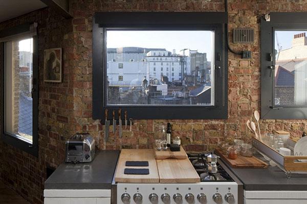レンガの壁のアパートメント4