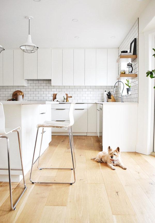 白と黒のキッチン&リビング2