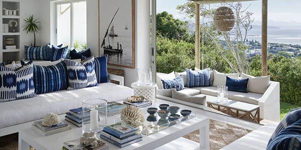 南アフリカの青のリラックスハウス2