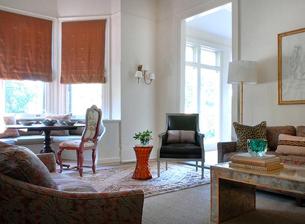 窓ぎわが魅力的なロマンチックハウス6