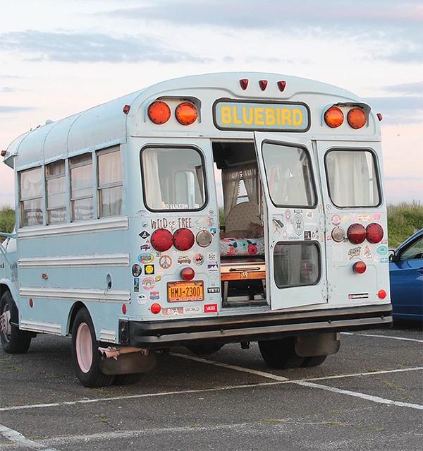 キュートなスクールバス10